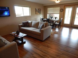 Hazelwood Haven - 3 bedroom with hot tub!!! - Willamette Valley vacation rentals
