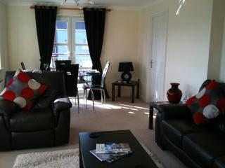 A beautiful modern two bedroom apartment with views of Poole harbour