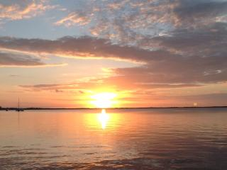 Moon Bay Condo, Boat Slip & Sunsets, Key Largo