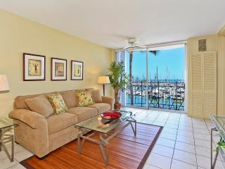 Ilikai Marina #388 - Newly Remodeled1-bedroom with AC, WiFi & views of yacht harbor! Sleeps 4. - Waikiki vacation rentals