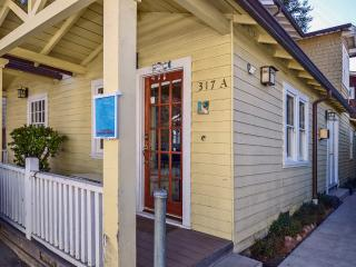 5 Bedroom Home in Capitola Village (sleeps 10) - Capitola vacation rentals