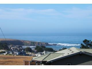 SummerHill - Cambria Home With Great Ocean Views!