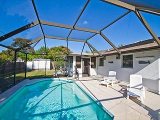 Venice Florida Nantucket House, 2 bedrooms with heated pool and fenced yard