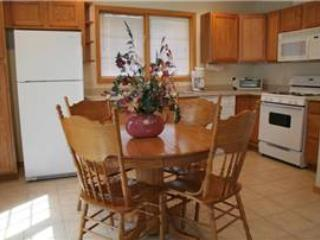 Spacious 2 BR Apartment above Vacation Home at Three Rivers Resort in Almont (George Bailey Loft)