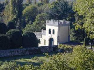 Charming and Historic Castle Apartment in the Veneto Region - Castello Ricco - La Torre, Monselice