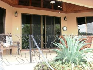 Hermosa Heights 37 - Beautiful Ocean View Home with Private Infinity Pool, Playa Hermosa