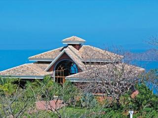 The Palms  5 BR house with Hot Tub and Ocean View, Playa Hermosa