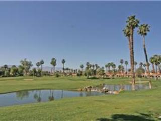 Palm Valley CC-Nice End unit with Amazing Views! (VV381), Palm Desert