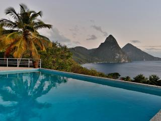 4 Bedroom/4 Bathroom Charming Hideaway in St Lucia, Soufriere