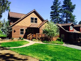 Newer home that offers comfort in downtown and loads of sunshine! - Bend vacation rentals