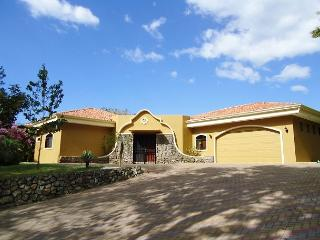 Casa Tropical - One Level Custom Built Family Home with Guesthouse, Playa Hermosa