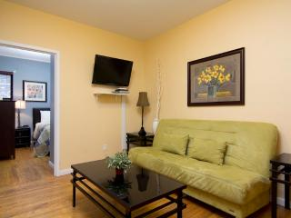 Sleeps 7! 4 Bed/1 Bath Apartment, Midtown East, Awesome! (6786), New York