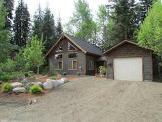 Charming Cabin Nestled in the trees of Spring Mountain Ranch, McCall