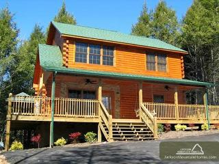 Great Escape Privacy Mountain View Hot Tub Jetted Tub WiFi Free Nights, Gatlinburg