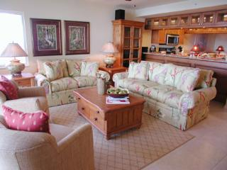 The Club at Naples Cay 603