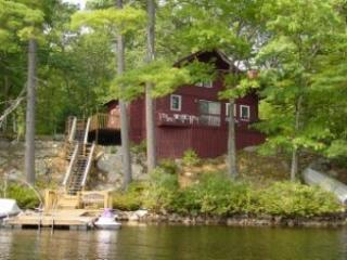 Moultonborough 3 Bedroom, 1 Bathroom House (348)