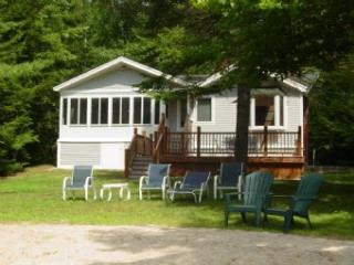 Charming House with 3 BR/1 BA in Moultonborough (339)