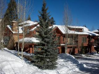 Ideal House with 3 BR & 4 BA in Teton Village (3bd/3.5ba Moose Creek 11)