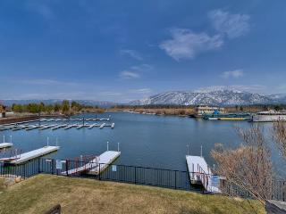 Cozy Tahoe Keys Condo with Pirvate Boat Dock and use of Tahoe Keys Amenities (TK24) - South Lake Tahoe vacation rentals