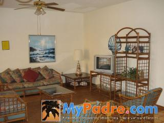 DUNES #204: 3 BED 1 BATH, South Padre Island