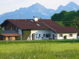 LLAG Luxury Vacation Home in Steingaden - 538 sqft, nice, cozy, quiet, central (# 3482)