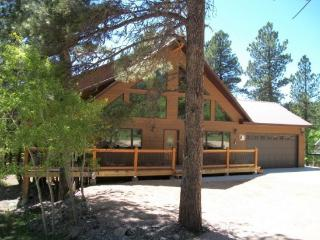 Whispering Pines Lodge, Lead