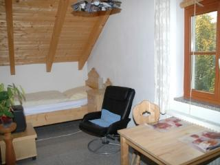Vacation Apartment in Dachau - 215 sqft, modern, peaceful, comfortable (# 3506), Eisenhofen
