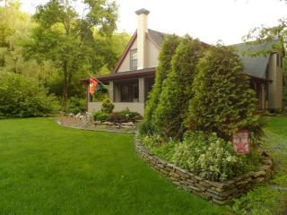 The Homestead - Country Charm at its Finest, Palmerton