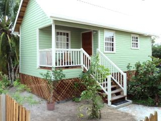 New Home with Swimming Pool, Caye Caulker