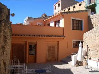 Holiday house for 2 persons, with swimming pool , in Tarragona - Province of Tarragona vacation rentals