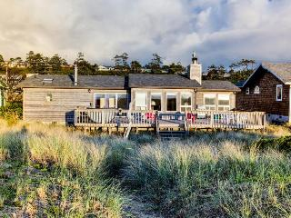 Daly's Oceanfront House with Hot Tub - Waldport vacation rentals