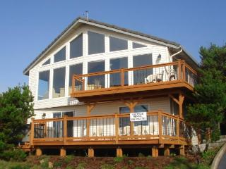 The Boat House Retreat, Lincoln City