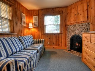 Hidden Villa Cottage #1 - The Nautical Cottage, Cannon Beach