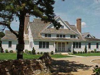 UPPER MAKONIKEY CONTEMPORARY WITH POOL & WATER VIEWS - WT PWEI-40, West Tisbury