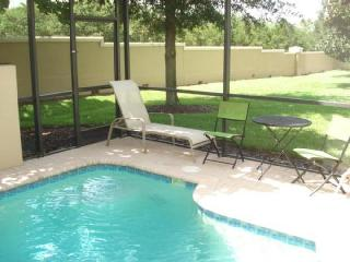 Luxury Windsor Hills Townhouse, only a mile from Disney, Kissimmee