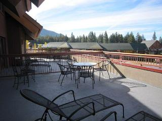another view of the deck looking toward the mountains.