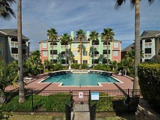 Ocean and Pool View Condo Steps from Galveston's New Beach!