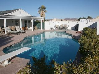 Gated Estate, Pool, 65' Hdtv, Pool Table, Wifi, - Henderson vacation rentals