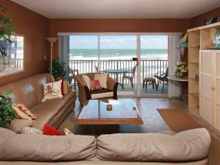 Oceanfront - Renovated - Excellent Ocean Views, Satellite Beach
