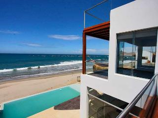 Mancora, Peru: Luxury Beach House - Casa Vikinca - Mancora vacation rentals