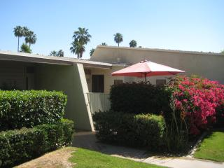 Rose Garden Style and Serenity in Palm Springs!