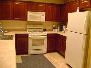 Arizona central sleeps 8 entire home for rent, Maricopa