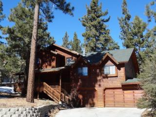 Castlewood 5 BR, Game Rm, Spa - WEEK NIGHT SPECIAL, Big Bear Region
