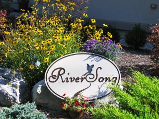 RiverSong Suite In The Berkshires, North Egremont
