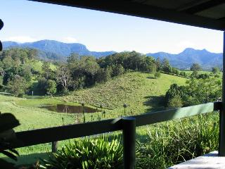 Hillcrest Retreat - Bed & Breakfast - Spa Suite, Murwillumbah
