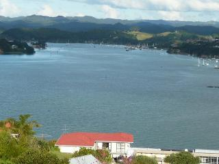 Swallows Nest spacious apartment., Paihia