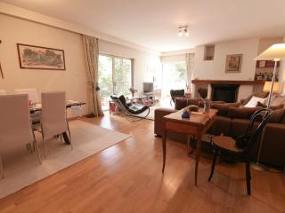A Unique 3 Bedroom Apartment in Athens, Marousi
