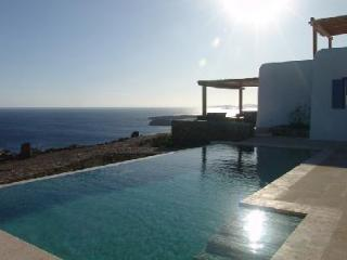 Pelicanos with memorable 180° sea views & secluded terrace with infinity pool - Pyrgi vacation rentals