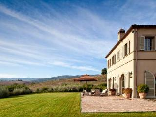 Dazzling Casa del Fiume features tennis court, pizza oven and heated pool, Montalcino