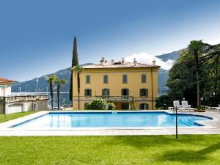 Extraordinary La Corte del Lago offers swimming pool and alfresco dining - Lombardy vacation rentals